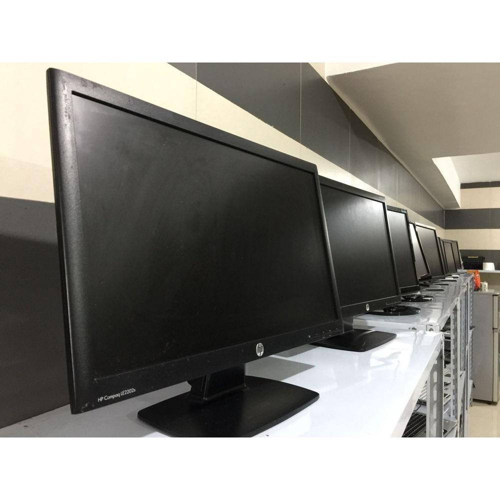 فروش تخصصی کیس مینی و مانیتور LED کارکرده مانیتور 20 دل DELL  -- کیفیت عالی شروع قیمت از 1200 تومان مانیتور  20 دل  رزولیشن 1440*900 و1680*1050 برخی مدل ها دارای اسپیکر قابلیت تنظیم ارتفاع  قابلیت نصب به دیوار بدون نیاز به پایه دیواری جداگانه  ورودی DVI   ورودی VGA  قابلیت اضافه کردن ورودی HDMI  تعداد زیادی مدل مانتیور در ابعاد 17 تا 24 در مارک های متنوع دیگر نیز موجود است مینی کیس در تنوع کامل موجود است ادرس :شهدا -نبش توحید ۱۷ طوس کاوش