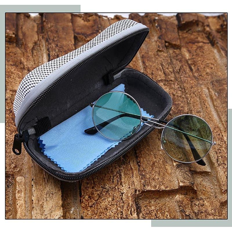فروشگاه خَریدمَرید  فروش استثنایی عینک آفتابی PARADISE فوق العاده سبـک و قابل انعـطاف همراه کیف و دستمال عینک فقط 79 تومان ارسال رایگان به کل کشور پرداخت درب منزل ۷ روز ضمانت بازگشت کالا 📩جهت ثبت سفارش: پیامک عدد 209611481 به 10000309 . . . . . . . . . . www.khariidmarid.ir @khariidmarid sms 10000309  . . _______________ #عینک#عینک_آفتابی#عینک_پارادایس#عینک_شب#عینک_شیک#عینک_سبک#عینک_همراه_کیف_دستمال#خریدمرید#خرید_مرید#فروشگاه_اینترنتی_خریدمرید #فروشگاه_اینترنتی_خرید_مرید #khariidmarid #kharidmarid