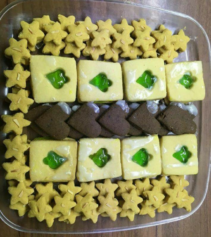 شیرین نسترن، ارائه دهنده کیک وشیرین خانگی شیرینی میکس ،ظرفی