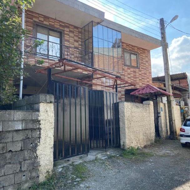 مشاور املاک در مازندران نوشهر دو طبقه خانه قیمت عالی