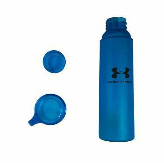 اسپرت شاپ قمقمه مدل 01 دارای لیوان  جنس بدنه مات  ابعاد : ۲۴*۶ گنجایش : ۰.۵ رنگ بندی : آبی ، بنفش ، آجری ، سبز