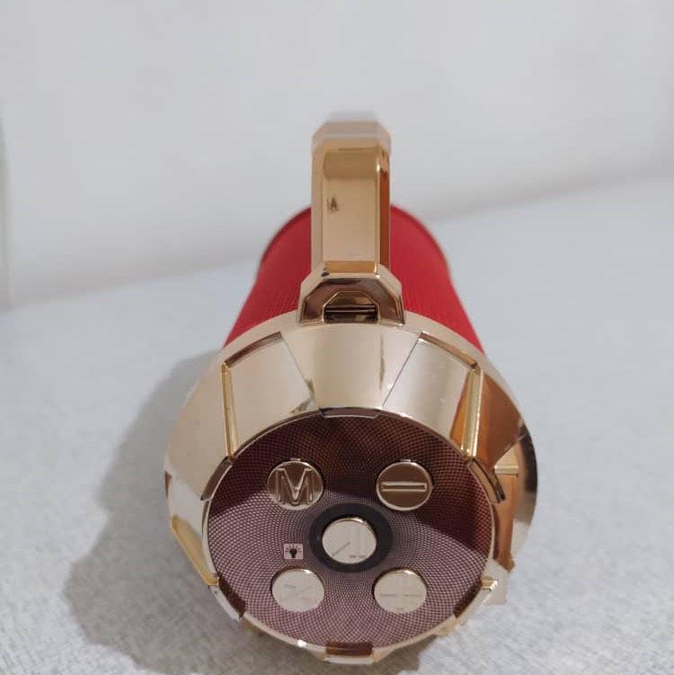 اسپیکر شاپ  اسپیکر با چراغ قوه قوی قابلیت اتصال به رم فلش و بلوتوث رادیو