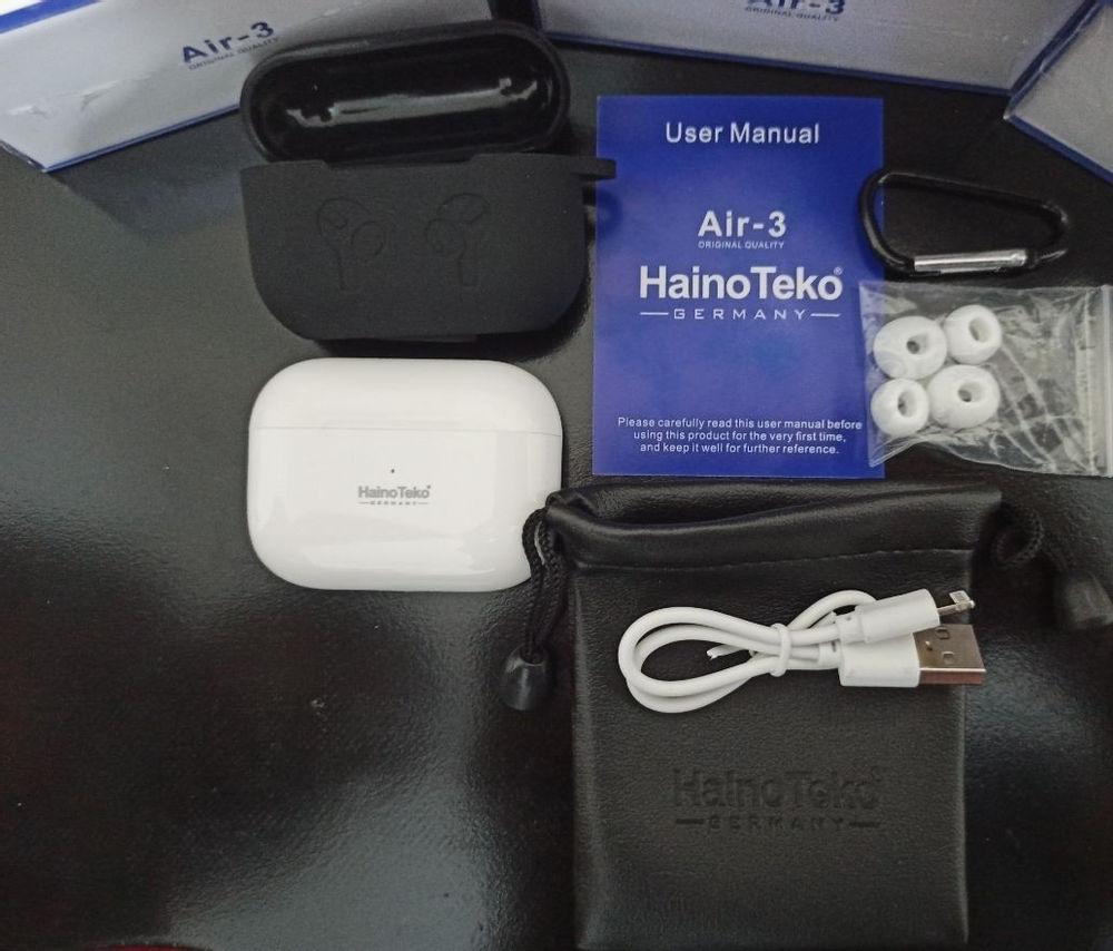 لوازم جانبی شاپرک Air3 ایرپاد سری 3 وایرلس شارژ سفارش کشور آلمان Haino teko محصول شرکت کاملا هم سایز نمونه اصلی سازگاری با آندورید وایفون قابلیت قطع و وصل خودکار هنگام وارد و خارج کردن کیفیت فوقالعاده پخش موزیک و مکالمه کیفیت صدای بی نظیر و عالی نمایش 100 درصد شارژ مثل نمونه اصلی دارای حسگر لمسی Gpsاتصال ب دارای کاور سیلیکونی رایگان کنترل لمسی میزان صدا Siriسازگاری با سیستم صوتی پشتیبانی از تمام لوازم جانبی اصلی
