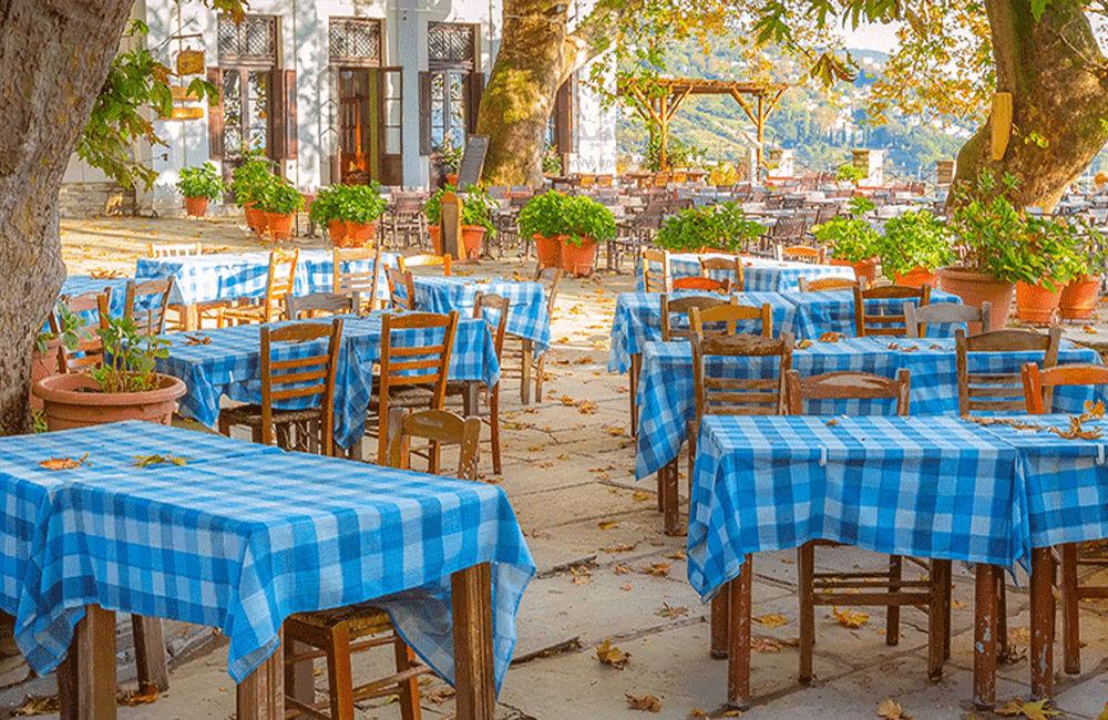 8 تا از معروف ترین کافه های روباز تهران
