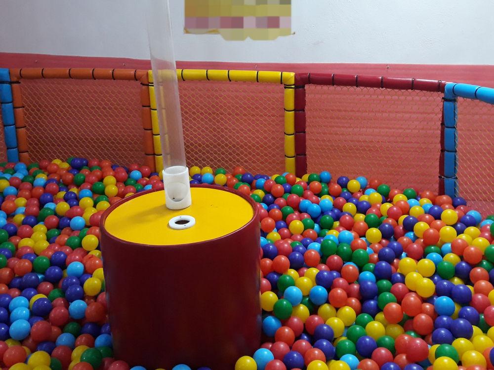 اسباب بازی، تجهیزات و وسایل مینی پارک و مهد کودک فواره توپ ، مناسب برای منزل ، مهد کودک و ...
