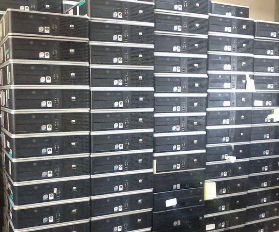 فروش تخصصی کیس مینی و مانیتور LED کارکرده ادرس مشهد-نبش توحید 17 کامپیوتر طوس کاوش کیس برای کار های گرافیکی CPU I7 4790 RAM 16 GB HDD 500 GB گرافیک 4 DDR3 128 BIT تک فروشی به قیمت عمده به همراه فرصت تست کامل با کیفیت بالا و با قیمت فوق العاده مناسب به ضمانت کیفیت و قیمت مانیتور در مارک های متنوع سامسونگ -  اچ پی – ال جی – دل و... در سایز های 17 تا24  اینچ نیز موجود است  مجموعه تکلمیلی از مدلهای کیس از 2 تا 7 هسته با مشخصات متنوع موجود است  05137244656-09364633968
