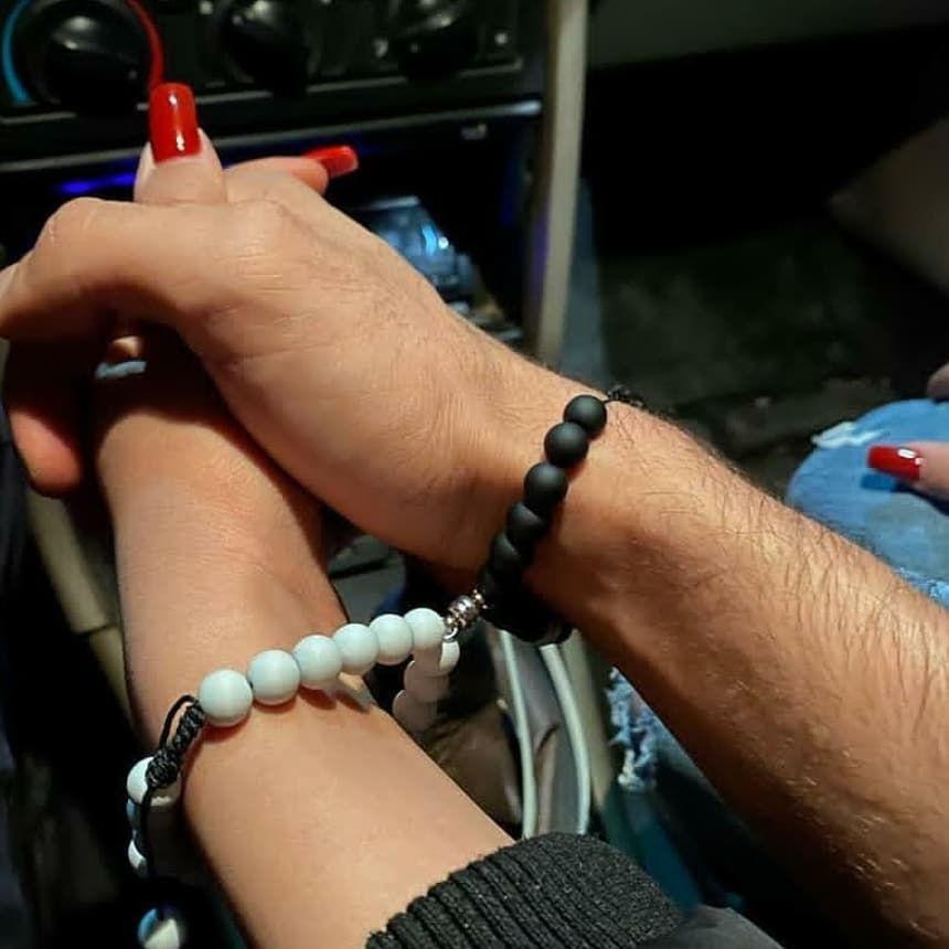 گالری بیتا۸۰ ست دستبند مگنتی لاو تمام استیل رنگ ثابت ب سلیغه خودتون پلاک دستبند تغییر میکنه ارسال ب سراسر کشور✈️